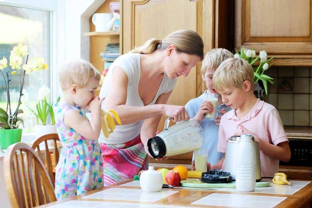 4 Tips for Avoiding a Mommy Meltdown in the Kitchen